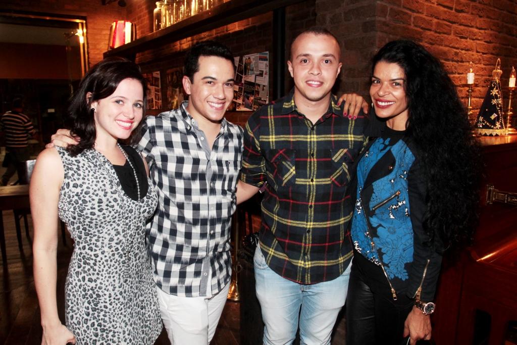 Flavia Veiga, Vinicius Belo, Marcus Ferreira e Elsaine Von Blancken