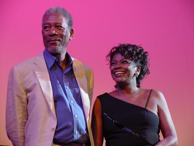 Zezé Motta e Morgan Freeman | Crédito: Dominique Valansi