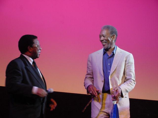 Milton Gonçalves e Morgan Freeman   Crédito: Dominique Valansi