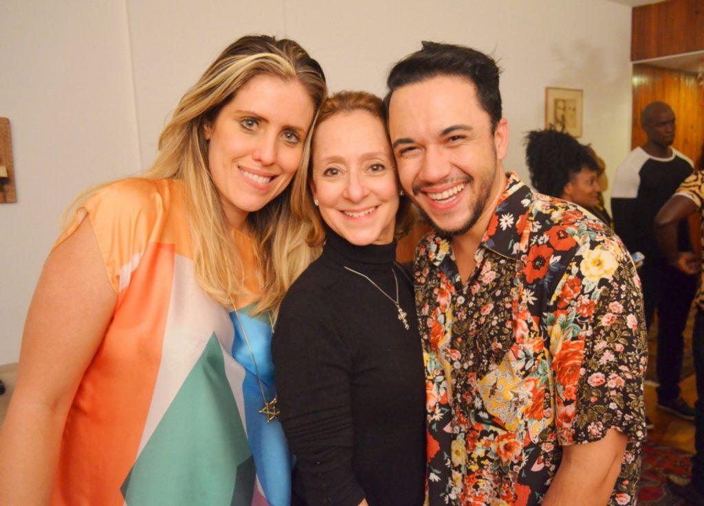 Bruna Barros, Ana Botafogo e Vinicius Belo