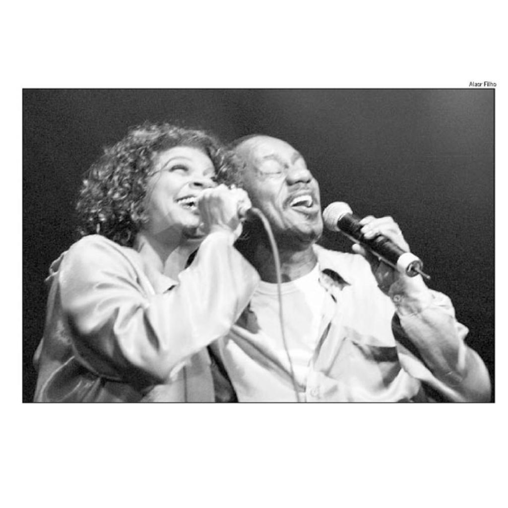 27 de julho de 2001 Zezé Motta  e Luiz Melodia no Canecão