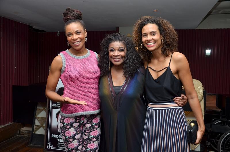 Lica Oliveira, Zezé Motta e Aisha Jambo | Foto: Ramirez Medeiros
