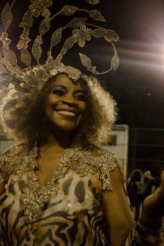 Zezé Motta no clipe Batuque de Angola - Foto Mayk Brambilla