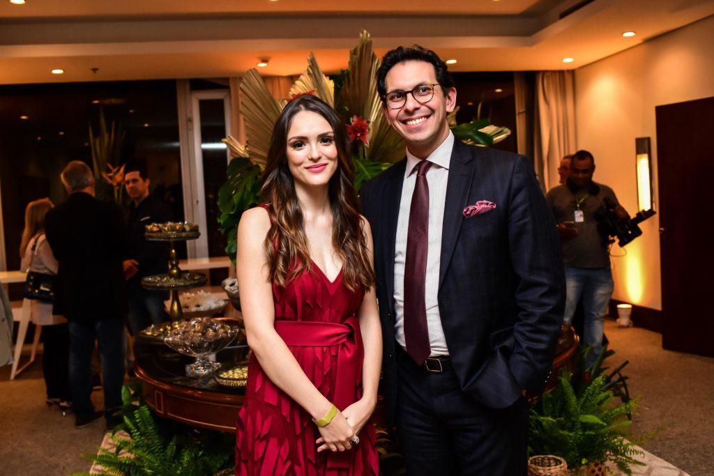 Netto Moreira e Isabelle Drummond